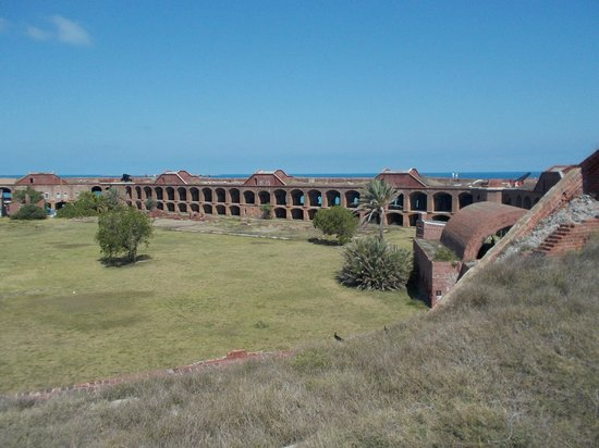 Dry Tortugas National Park: Inside the fort