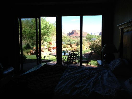 The Inn at Entrada: Looking out from room