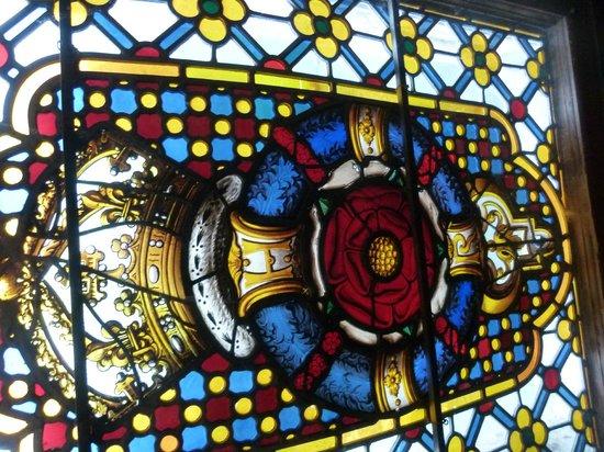 Warwick Castle: Rosa Tudor