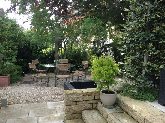 Engimatt City-Gardenhotel: the garden