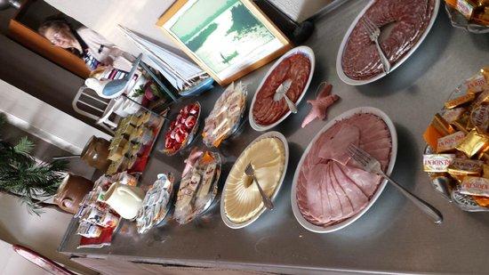 Mar i Cel Hotel : buffett desayuno