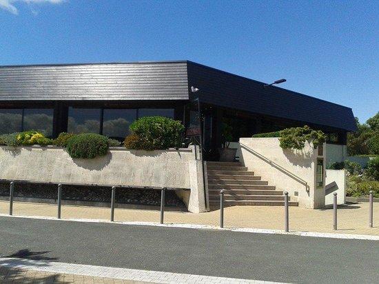 Restaurant Christopher Coutanceau : Great building!