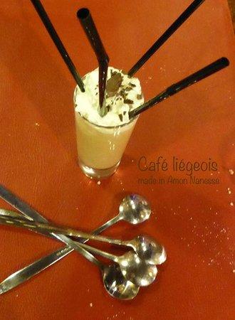 Amon Nanesse : Café Liégeois