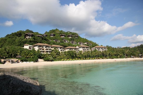 Shangri-La's Boracay Resort & Spa: view from punta bunga beach