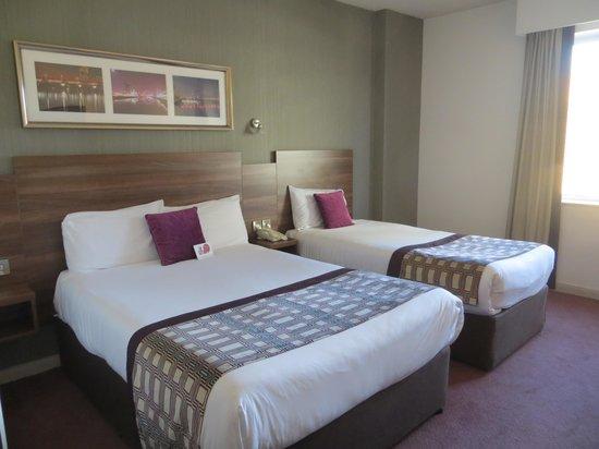 Jurys Inn Glasgow: Beds - double and single