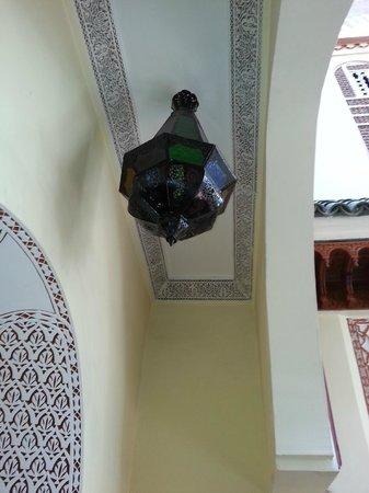 Riad Assalam : plafonnier marocain