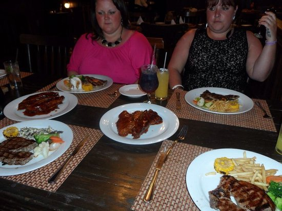 Crown Paradise Club Cancun : Best steak EVER!!!