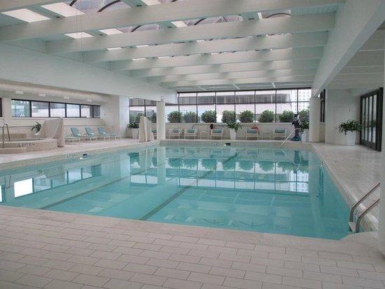 The Ritz-Carlton, Buckhead: pool