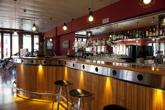 Copthorne Hotel Grand Central New Plymouth: GCR Bar