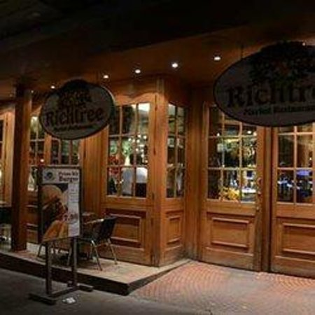 Richtree Market Restaurants: The Entrance