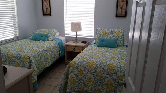 Castaways Cottages of Sanibel: bedroom