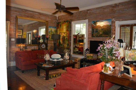 The Mermaid & The Alligator: Livingroom