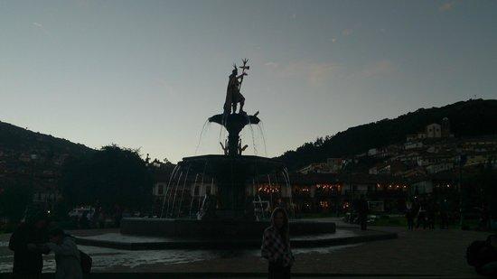 Plaza de Armas (Huacaypata): Plaza de Armas