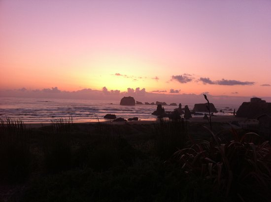 Bandon Inn: Beach @ sunset