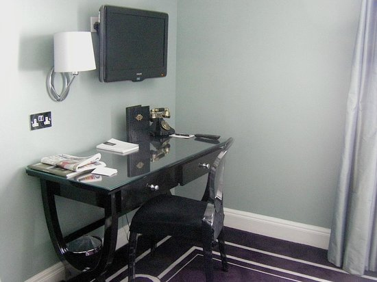Francis Hotel Bath - MGallery by Sofitel : Desk, flat-screen TV