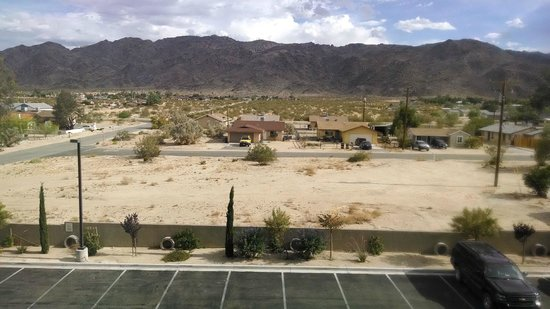 Holiday Inn Express & Suites Twentynine Palms- Joshua Tree: View from my room