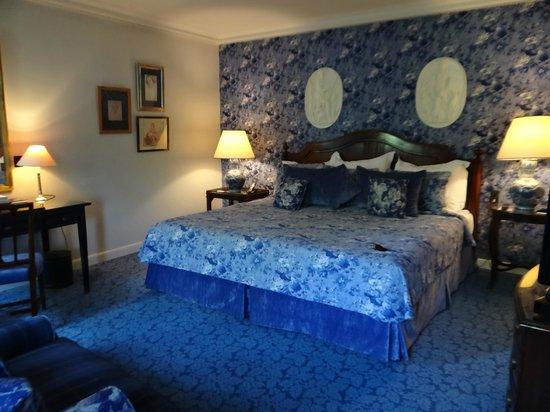 Château Les Crayeres : My room
