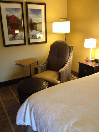 Hampton Inn Atlanta / Peachtree Corners / Norcross : Reading nook
