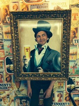 Tennents Wellpark Brewery: Hugh do ya fancy a pint ?