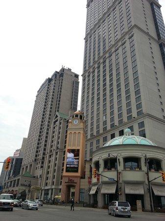 Hilton Niagara Falls/Fallsview Hotel & Suites : esterno