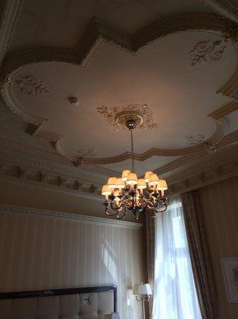 Quisisana Palace: Beautiful ceilings !