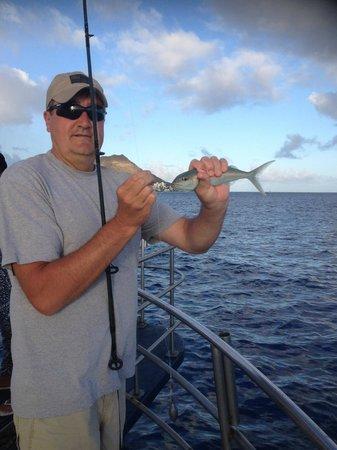 Sashimi Fun Fishing: First fish caught