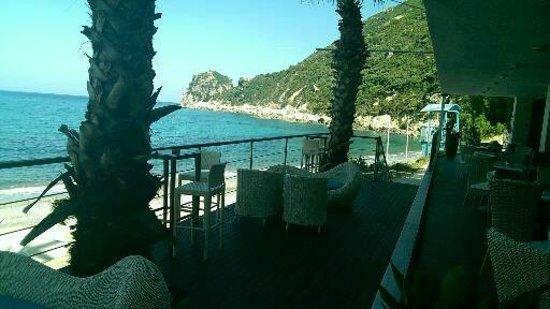 SENSIMAR Grand Mediterraneo Resort & Spa by Atlantica: beach bar