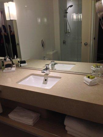 InterContinental Melbourne The Rialto: Bathroom