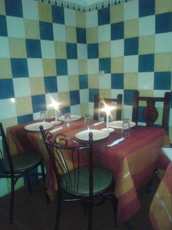 Le Corail - Chez Tarik: le restaurant le corail