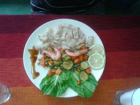 Le Corail - Chez Tarik : calamars à la plancha + crevettes