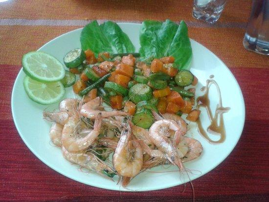 Le Corail - Chez Tarik: crevettes flamblé