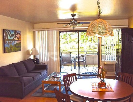 Kihei Bay Vista: Your spacious living room leading up to your private lanai
