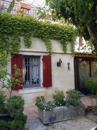 Provence Paradise: entrance