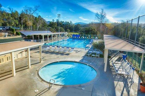 San Vicente Golf Resort: Swimming Pool Heated Year Round