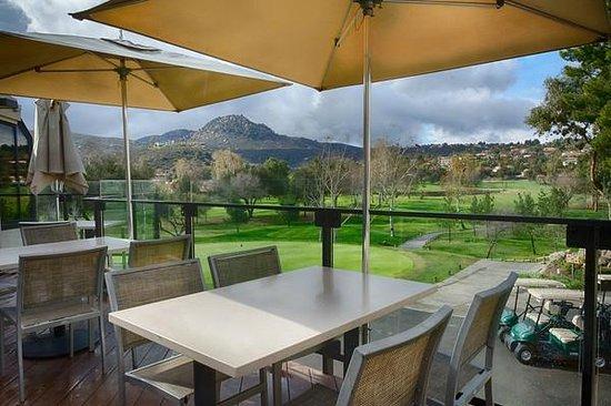 San Vicente Golf Resort: The Par Lounge Deck