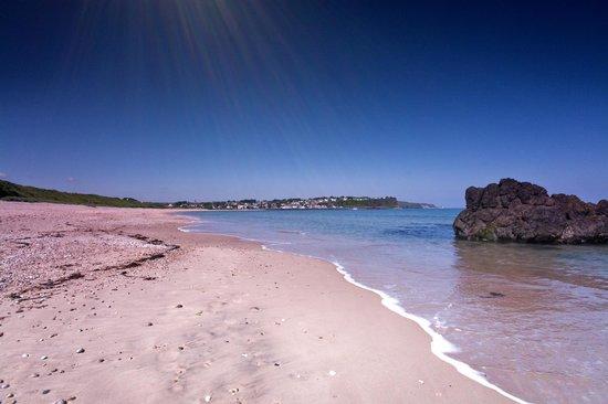 Craig Cottage Bed & Breakfast: beach