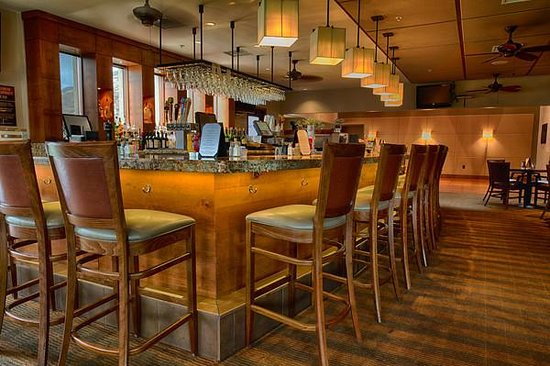 San Vicente Golf Resort: Par Lounge
