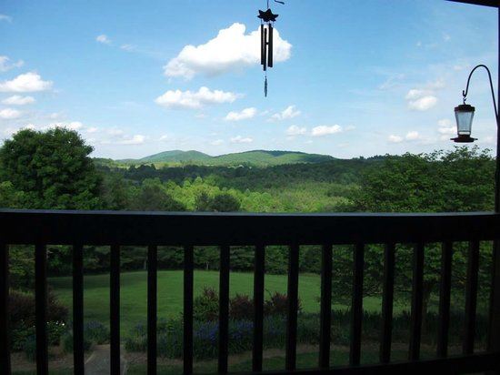 Mountain Song Inn: View from top balcony