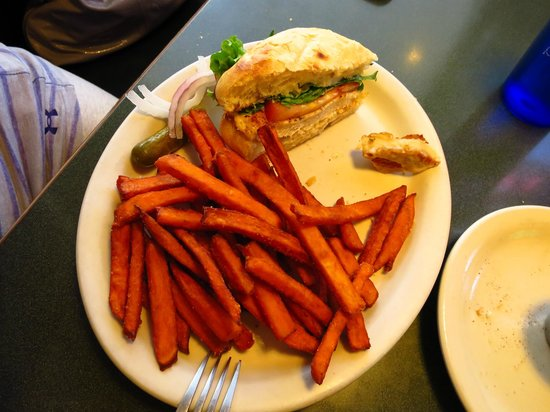 The Pines Restaurant: Grilled chicken sandwich with sweet potato fries