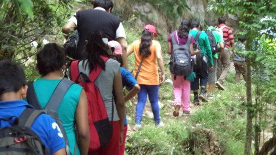 Trishul Orchard Resort : Our Trek to La Pisine Bhalugaad