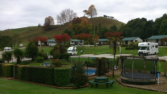 Waitomo Top 10 Holiday Park : A beautiful park