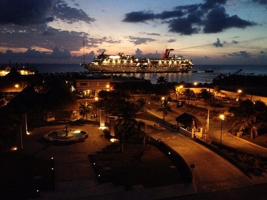 A romantic evening view from Chi Restaurant!