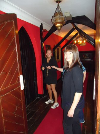 Kinnitty Castle Hotel : getting in