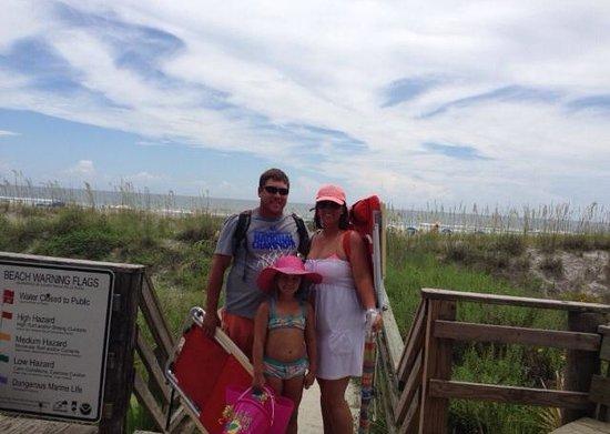 Holiday Isle Oceanfront Resort : Beach bound