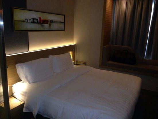 Rosedale Hotel Kowloon : Bed