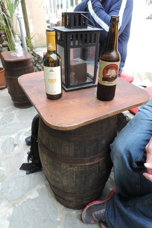 Lunch Box : Wine and beer with lunch!