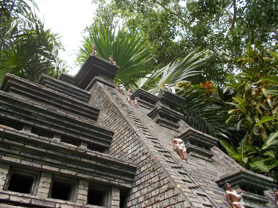 Discover Mexico Cozumel Park: A mini replica of a Mayan Ruin