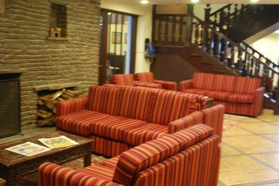 Casa Andina Classic - Cusco Plaza : Living/Seating Area on first floor