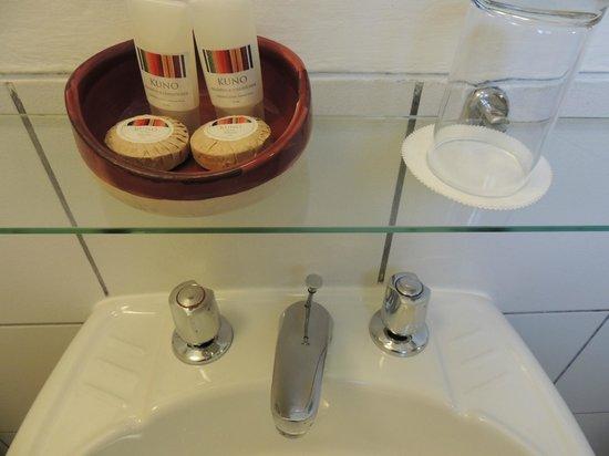 Casa Andina Standard Cusco Plaza: Soap and shampoo