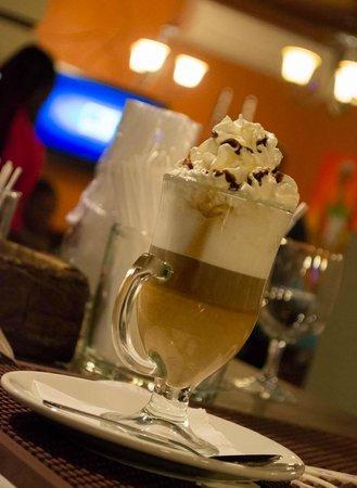 Espetada House: Delicous Cafe Late